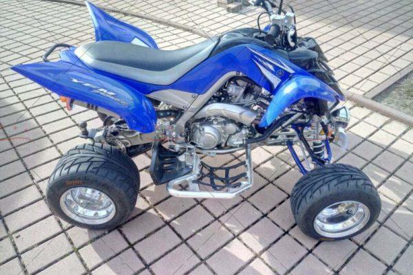 Yamaha_yfm_700r