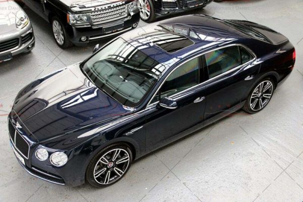 bentley_flying_spur_v8